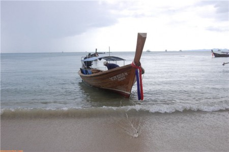 1_Longtail_Boat